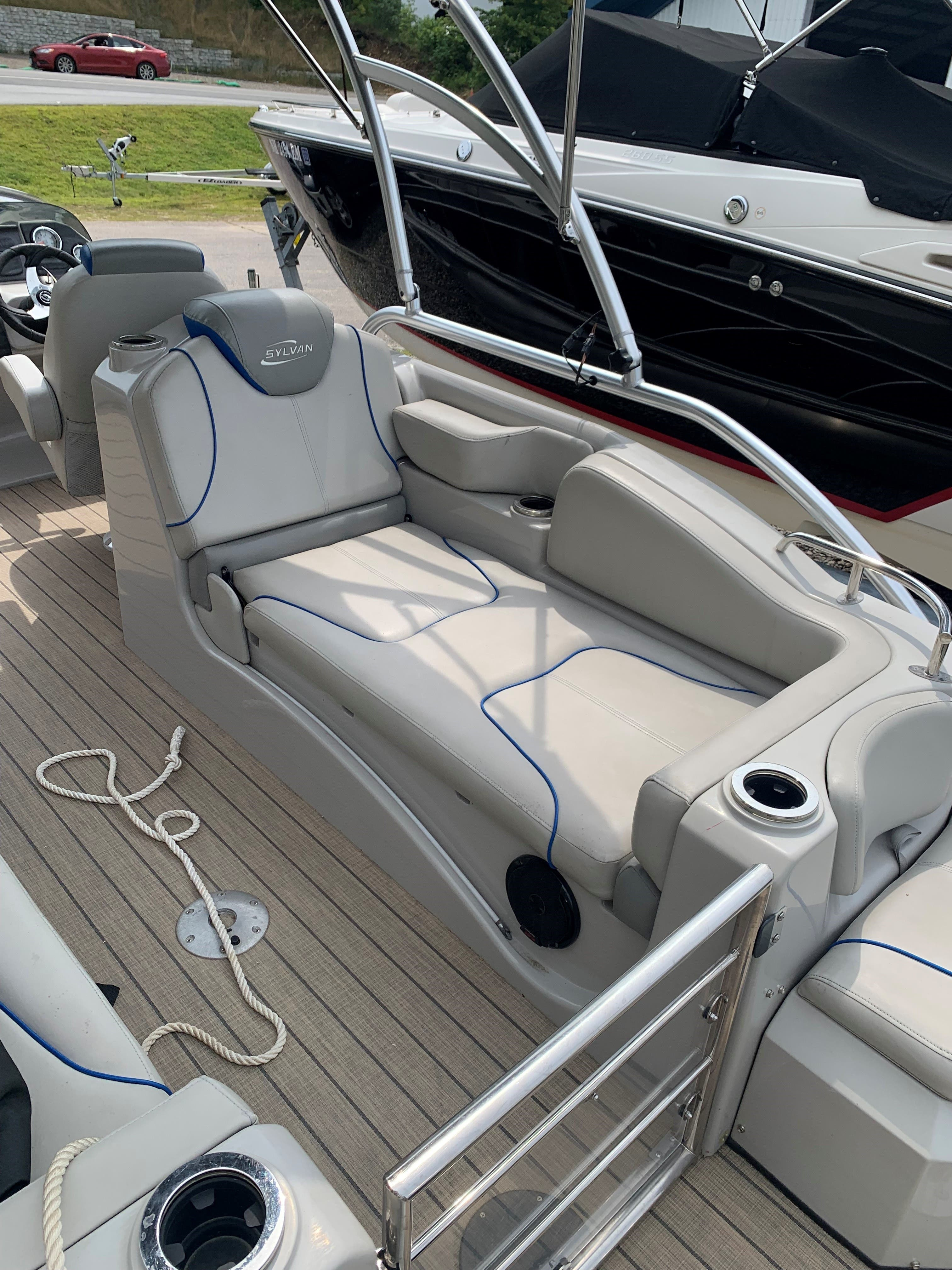 2015 Sylvan boat for sale, model of the boat is S3 & Image # 8 of 8