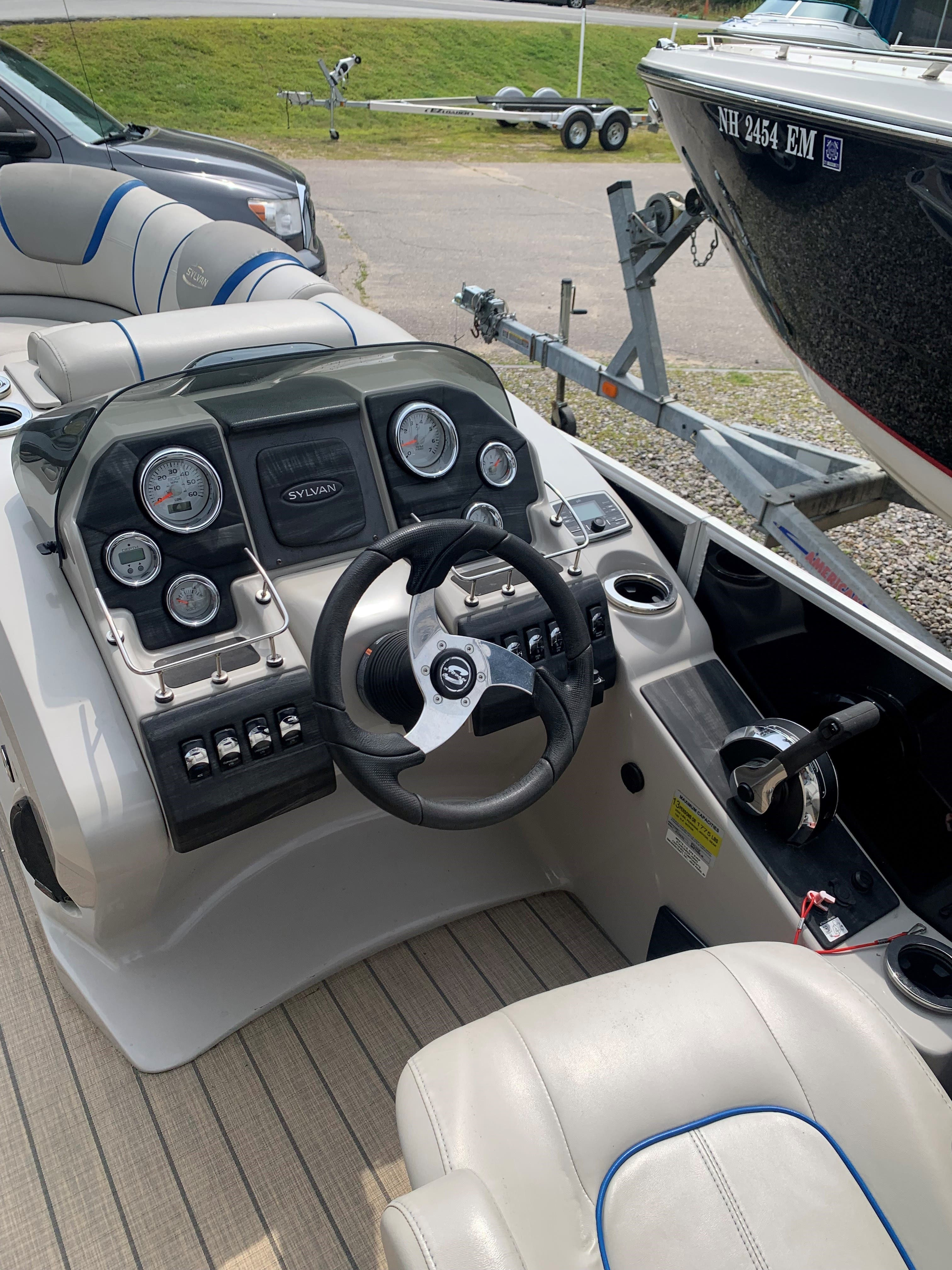 2015 Sylvan boat for sale, model of the boat is S3 & Image # 3 of 8