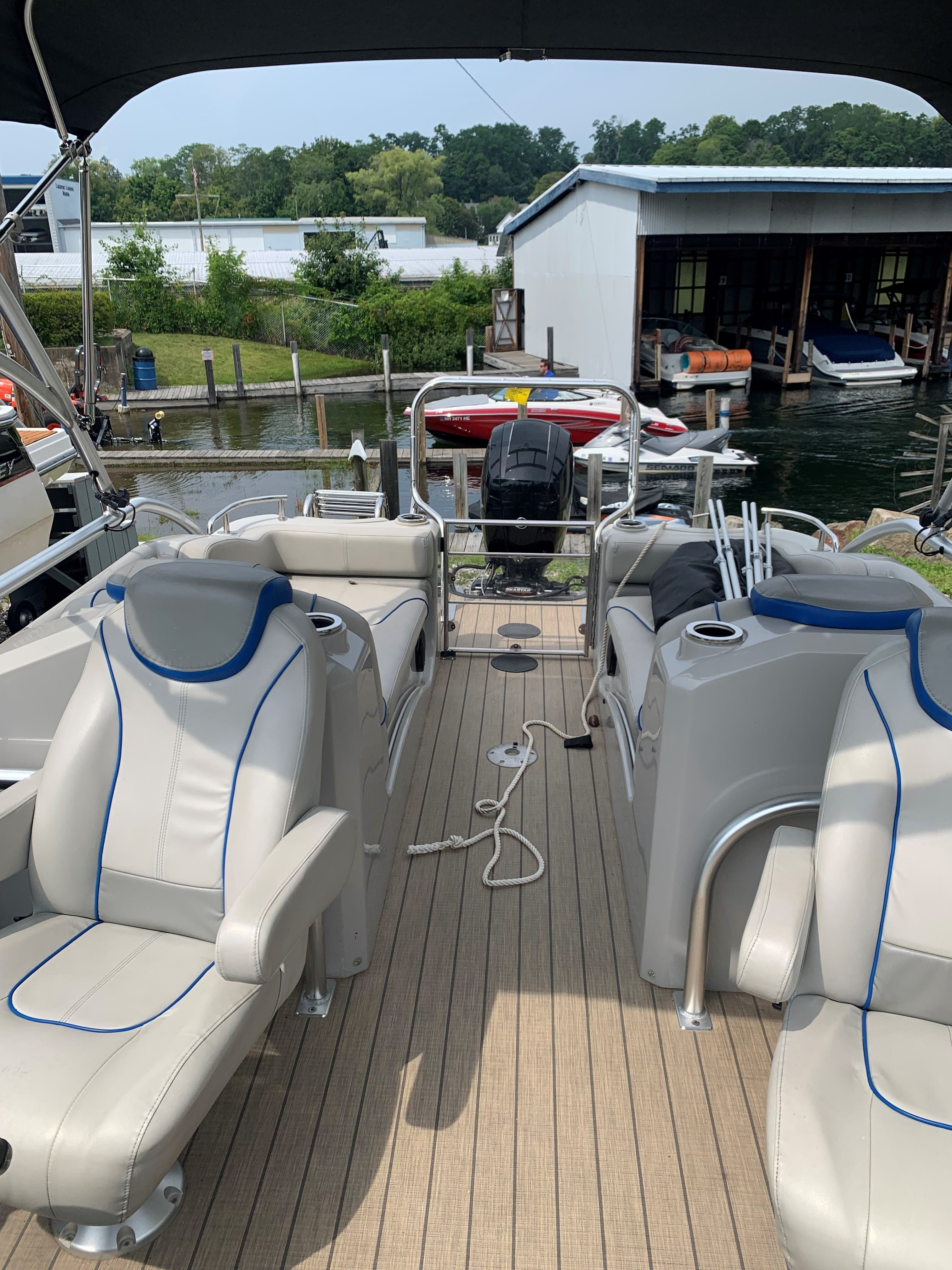 2015 Sylvan boat for sale, model of the boat is S3 & Image # 5 of 8