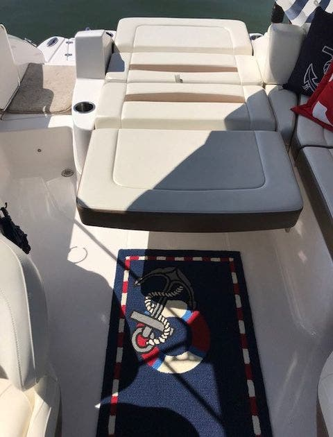 2016 Chaparral boat for sale, model of the boat is 225 SSI & Image # 3 of 8