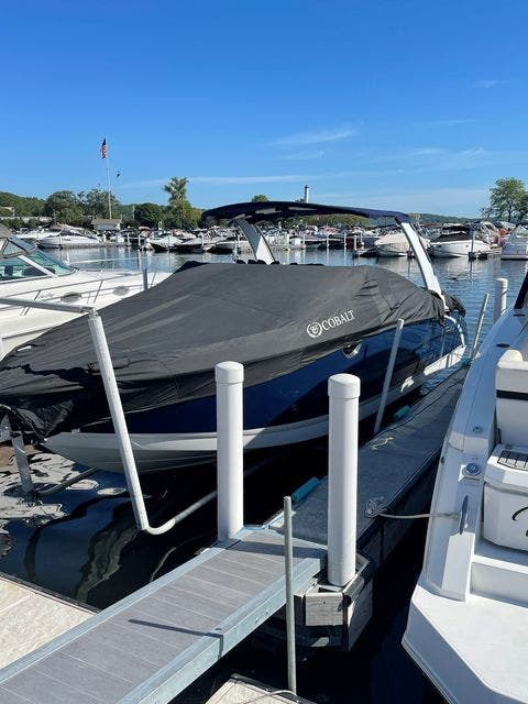 2016 Cobalt boat for sale, model of the boat is R30 & Image # 3 of 9