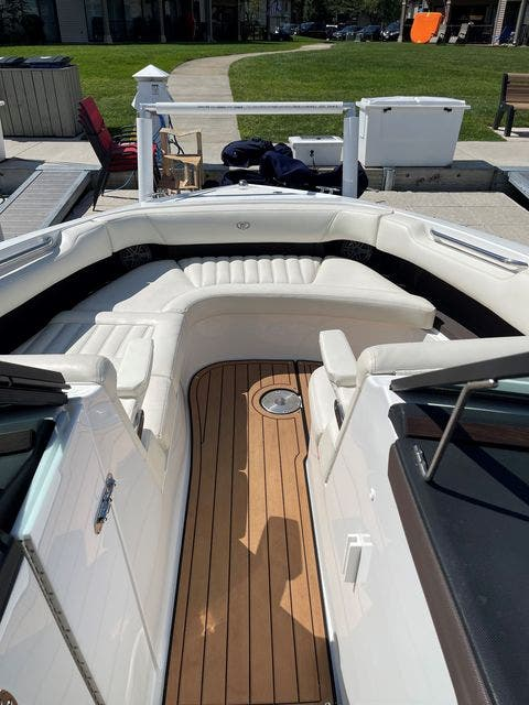 2016 Cobalt boat for sale, model of the boat is R30 & Image # 7 of 9