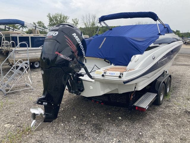 2016 Crownline boat for sale, model of the boat is E4 XS & Image # 5 of 5