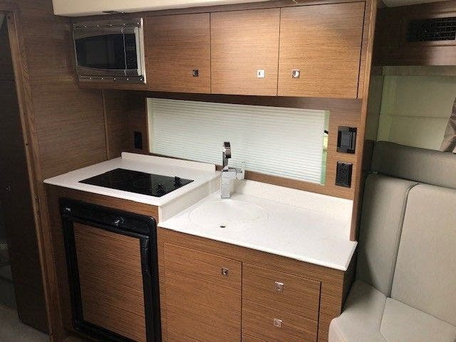 2016 Cruisers Yachts boat for sale, model of the boat is 390 EC & Image # 10 of 19