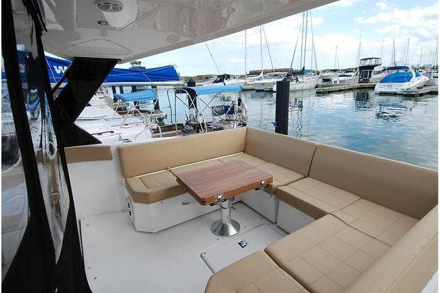 2016 Cruisers Yachts boat for sale, model of the boat is 390 EXPRESS & Image # 11 of 28