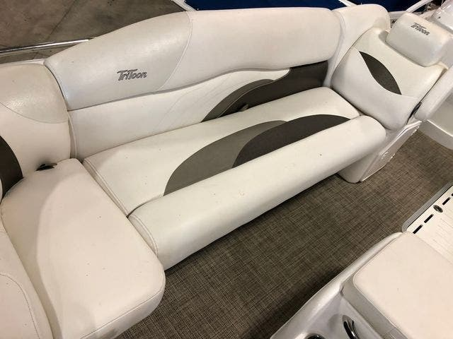 2016 JC boat for sale, model of the boat is 266 TRI-TOON & Image # 8 of 24