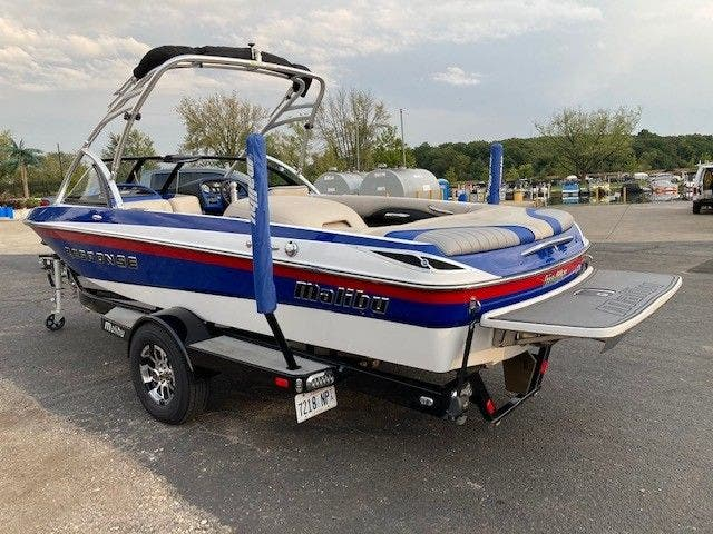 2016 Malibu boat for sale, model of the boat is 20 RESPONSE TXI & Image # 5 of 11