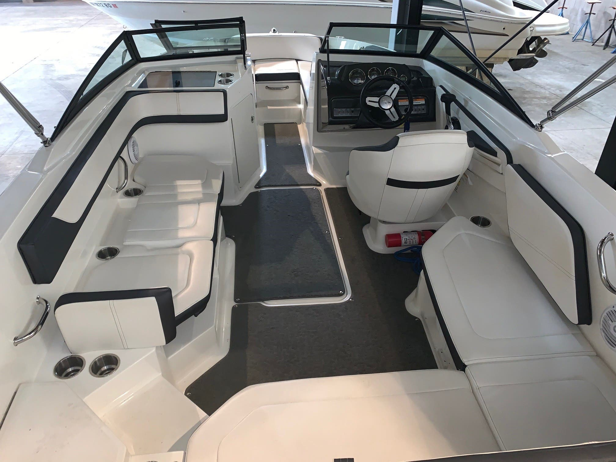 2016 Sea Ray boat for sale, model of the boat is 210spx & Image # 6 of 8