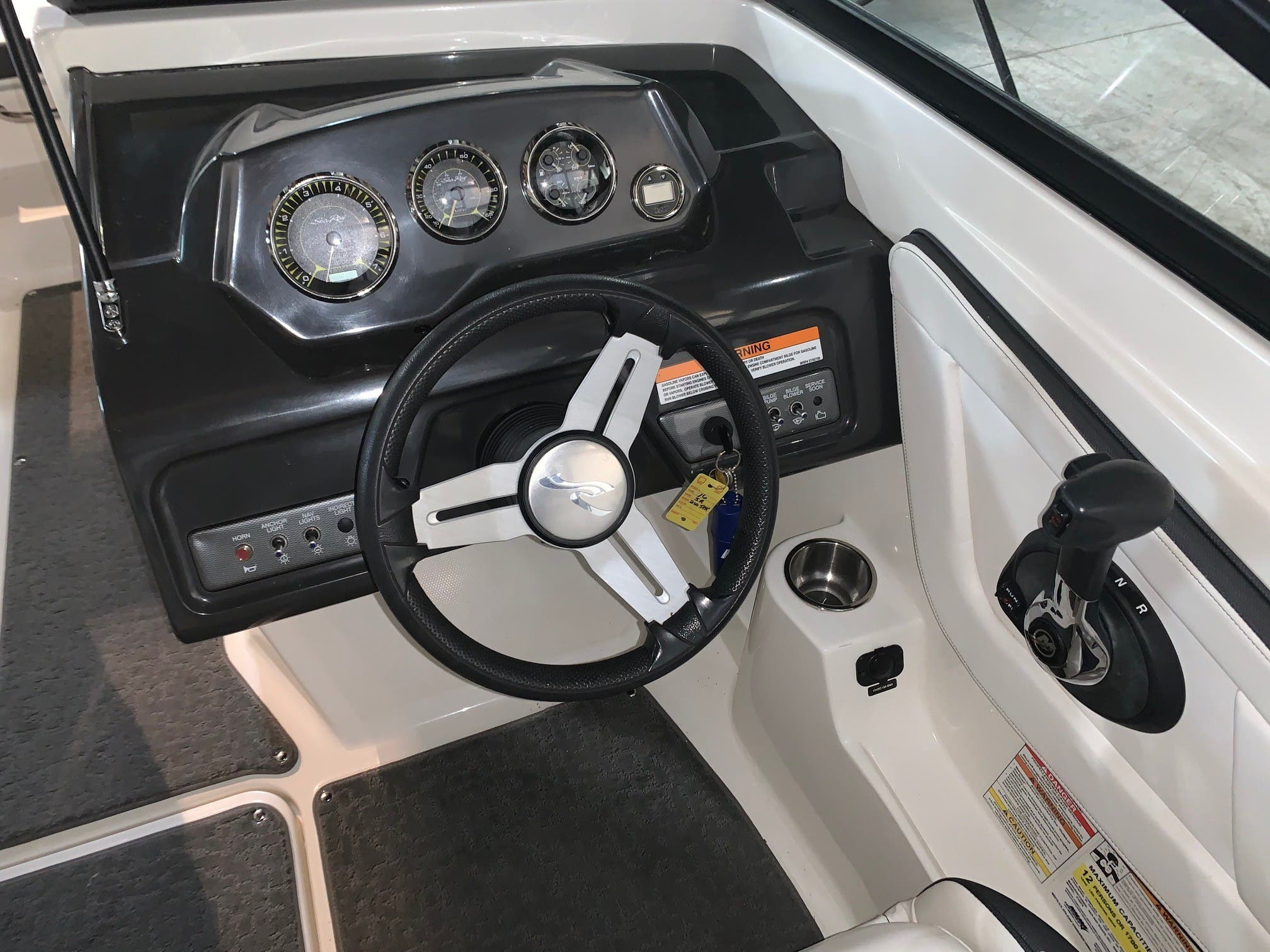 2016 Sea Ray boat for sale, model of the boat is 210spx & Image # 5 of 8