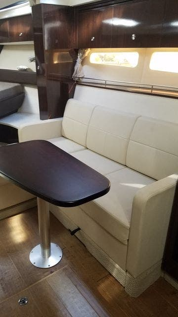 2016 Sea Ray boat for sale, model of the boat is 350 SUNDANCER & Image # 49 of 75
