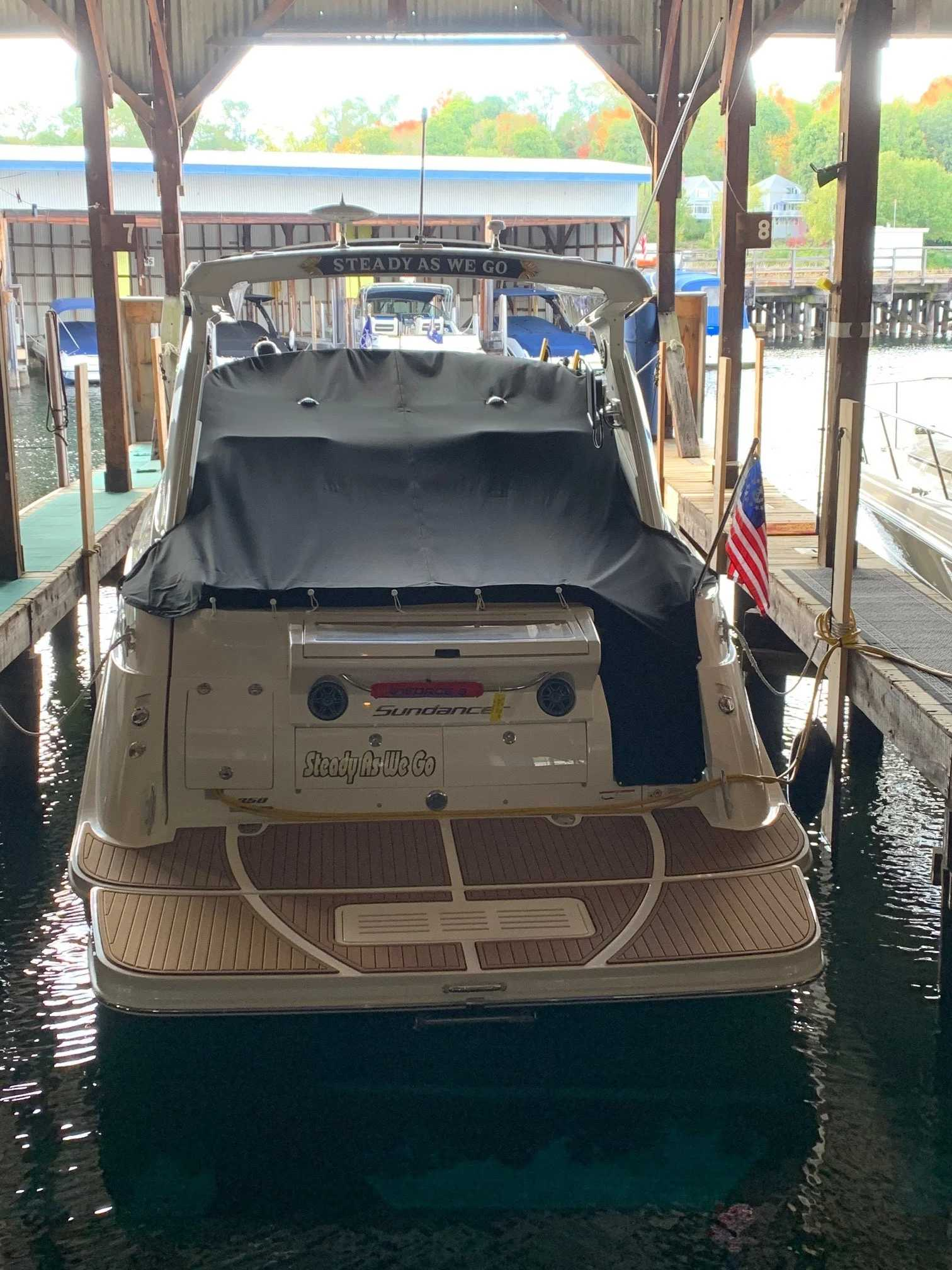 2016 Sea Ray boat for sale, model of the boat is 350 Sundancer & Image # 17 of 17