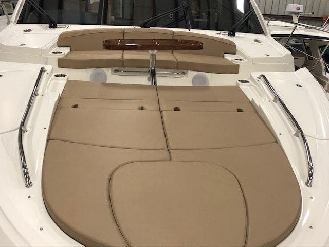 2016 Sea Ray boat for sale, model of the boat is L650 EXPRESS & Image # 5 of 67