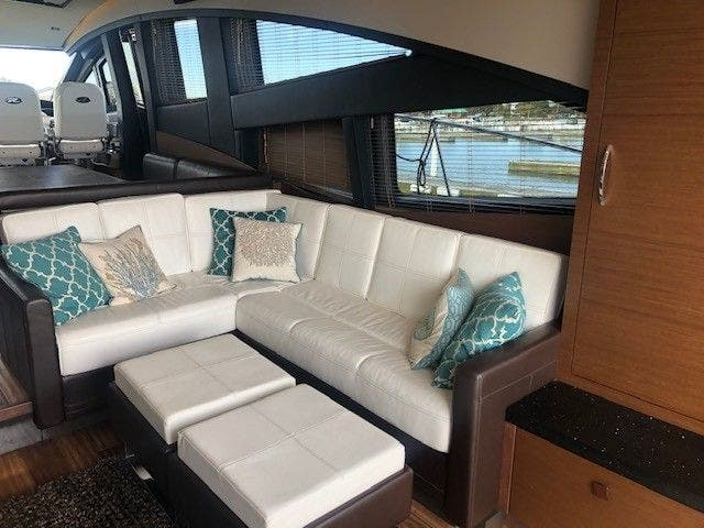 2016 Sea Ray boat for sale, model of the boat is L650 EXPRESS & Image # 22 of 67