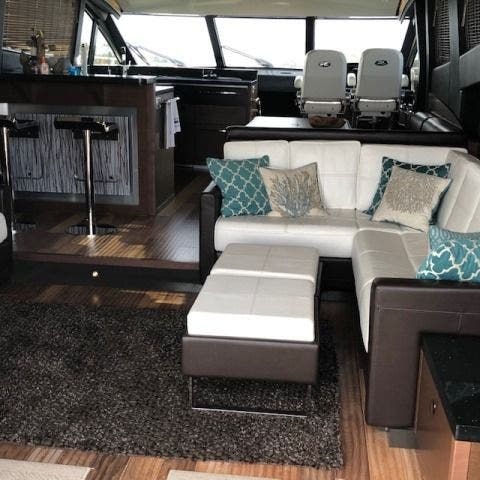 2016 Sea Ray boat for sale, model of the boat is L650 EXPRESS & Image # 25 of 67