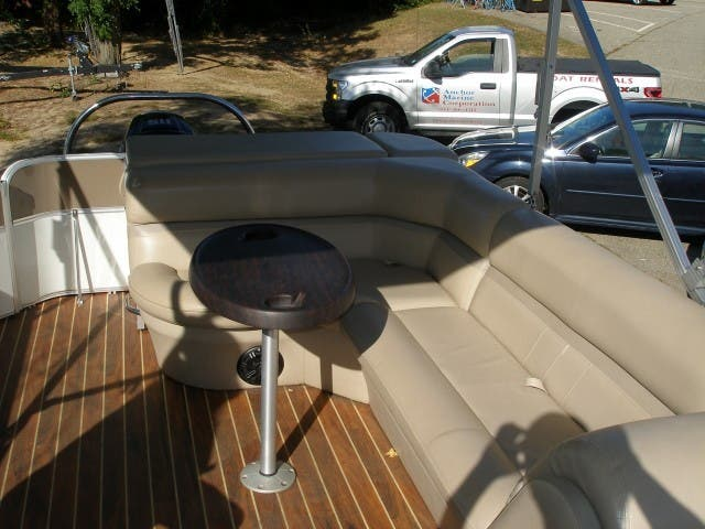 2017 Berkshire Pontoons boat for sale, model of the boat is 24CL CTS & Image # 9 of 11