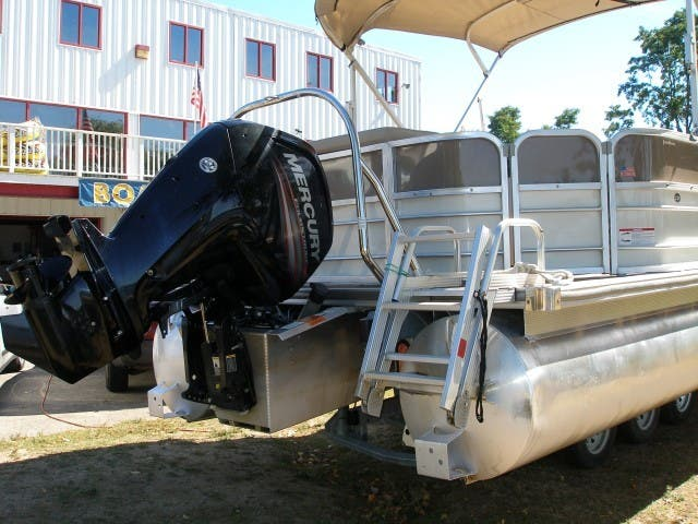 2017 Berkshire Pontoons boat for sale, model of the boat is 24CL CTS & Image # 11 of 11