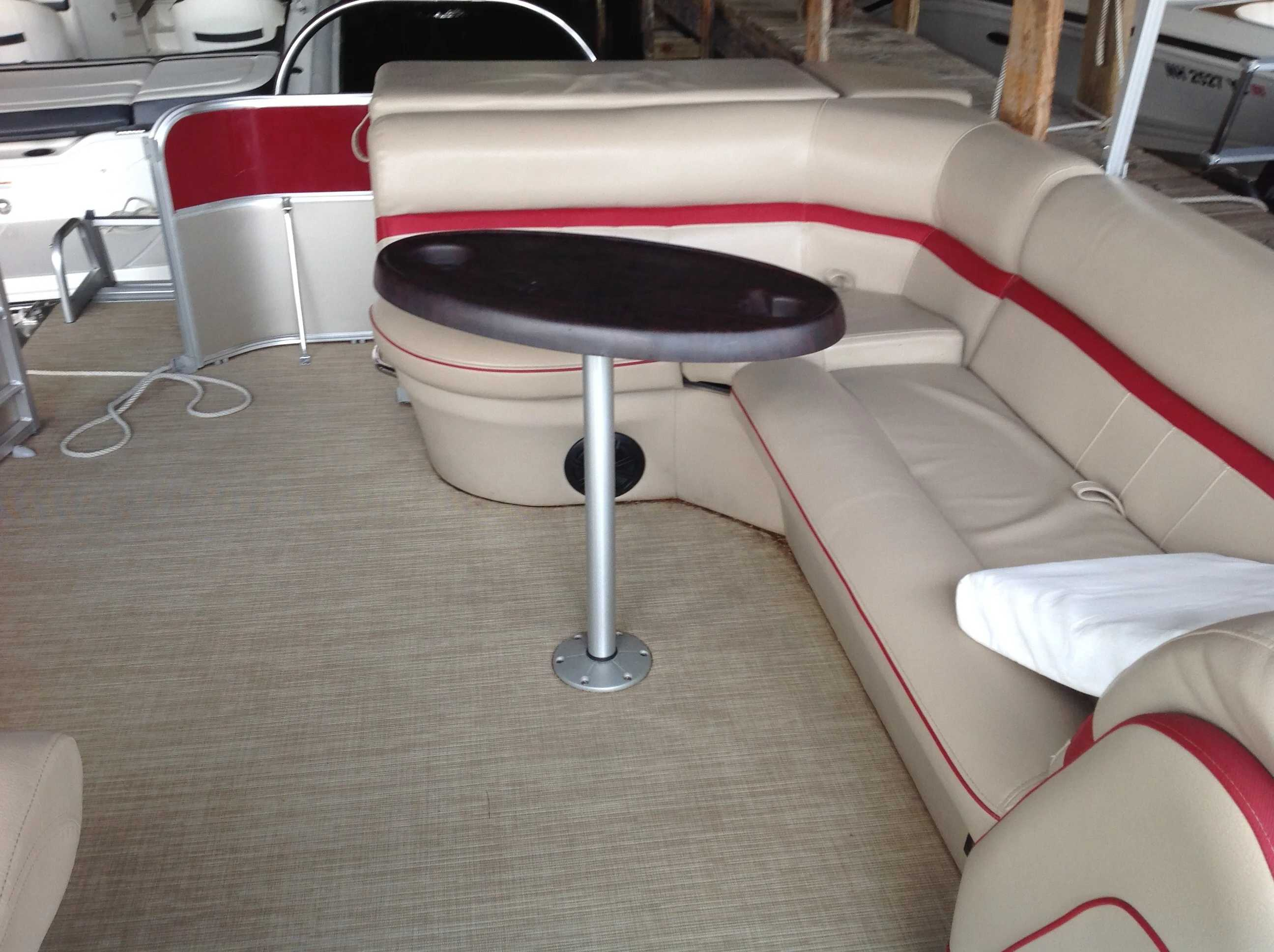 2017 Berkshire Pontoons boat for sale, model of the boat is 24cl Cts 2.75 & Image # 7 of 9