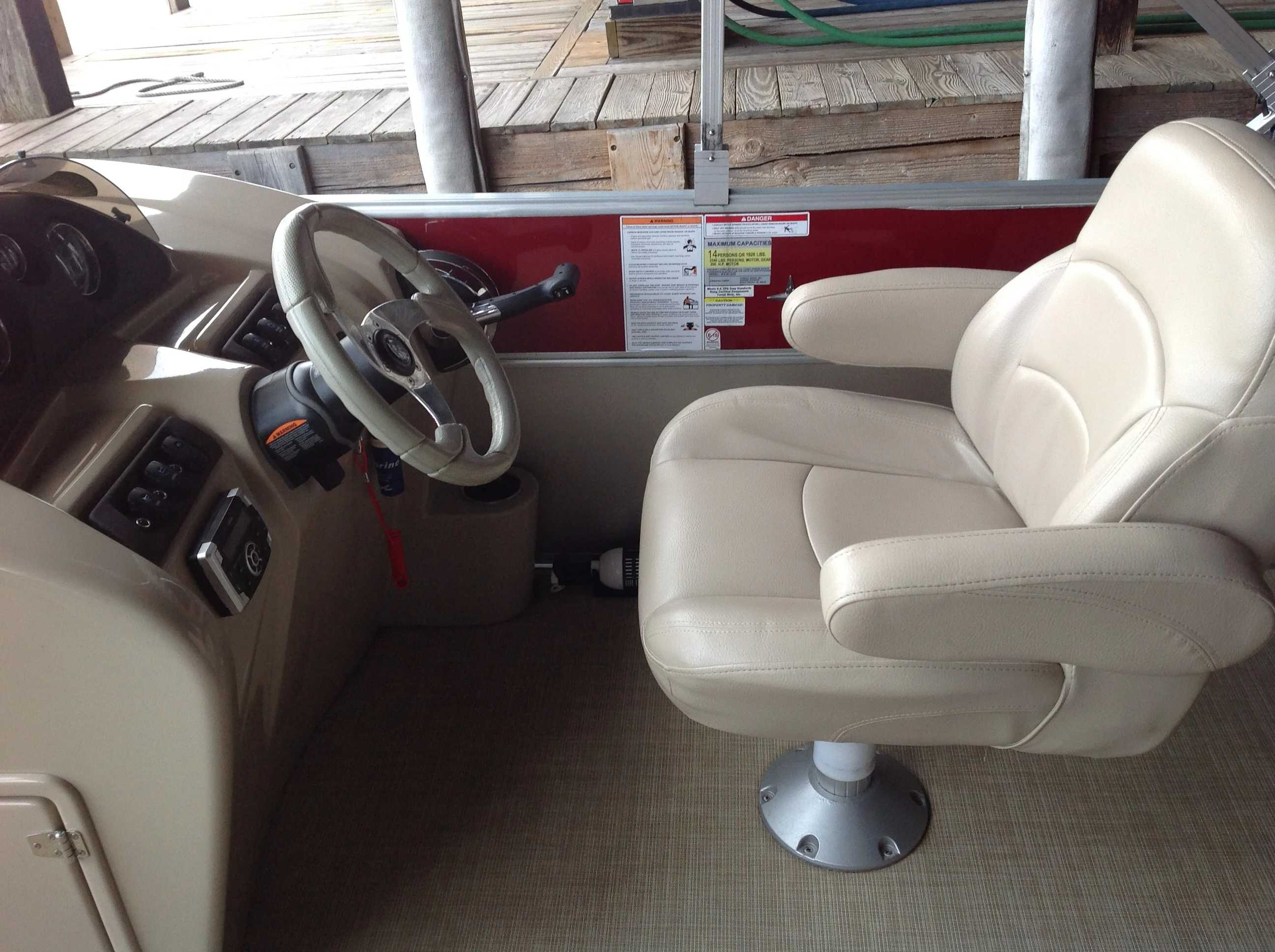 2017 Berkshire Pontoons boat for sale, model of the boat is 24cl Cts 2.75 & Image # 4 of 9