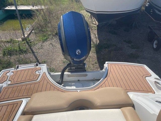 2017 Crownline boat for sale, model of the boat is E1 XS & Image # 4 of 21