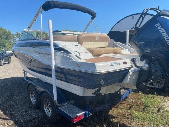 2017 Crownline boat for sale, model of the boat is E1 XS & Image # 7 of 21