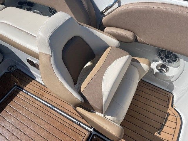 2017 Crownline boat for sale, model of the boat is E1 XS & Image # 9 of 21