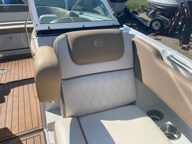 2017 Crownline boat for sale, model of the boat is E1 XS & Image # 13 of 21