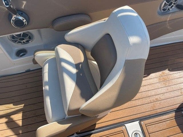 2017 Crownline boat for sale, model of the boat is E1 XS & Image # 14 of 21