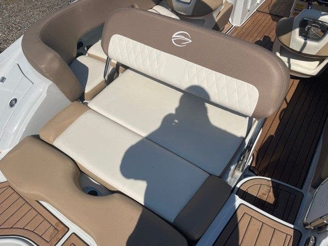 2017 Crownline boat for sale, model of the boat is E1 XS & Image # 16 of 21
