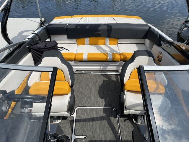 2017 Glastron boat for sale, model of the boat is 205 GTS & Image # 10 of 11