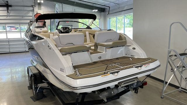 2017 Scarab boat for sale, model of the boat is 255PLATINUMSE & Image # 3 of 10