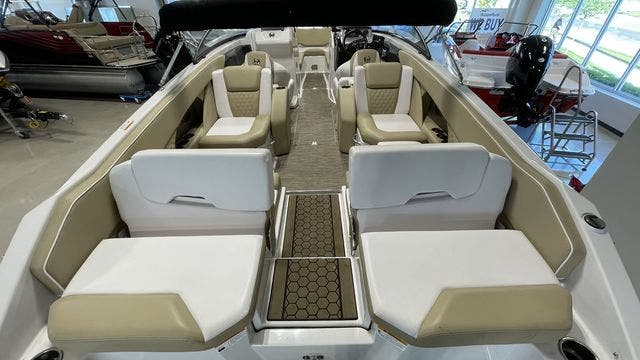 2017 Scarab boat for sale, model of the boat is 255PLATINUMSE & Image # 8 of 10