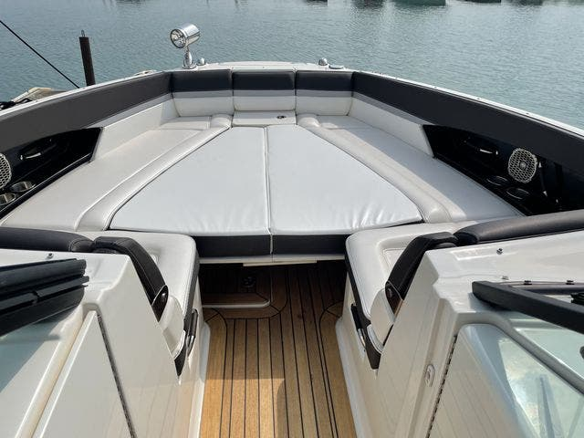 2017 Sea Ray boat for sale, model of the boat is 350 SLX & Image # 10 of 18