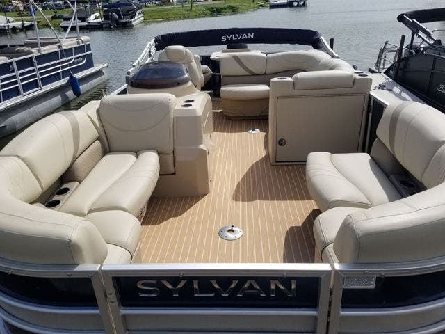 2017 Sylvan boat for sale, model of the boat is 8522 MIRAGE CNF & Image # 8 of 16