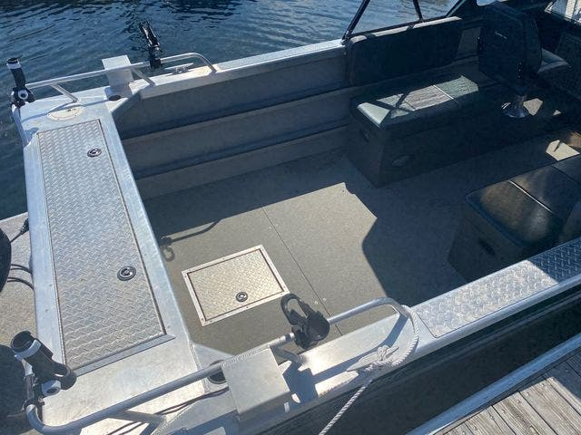 2017 Thunderjet boat for sale, model of the boat is 20 LUXOR OS & Image # 5 of 8