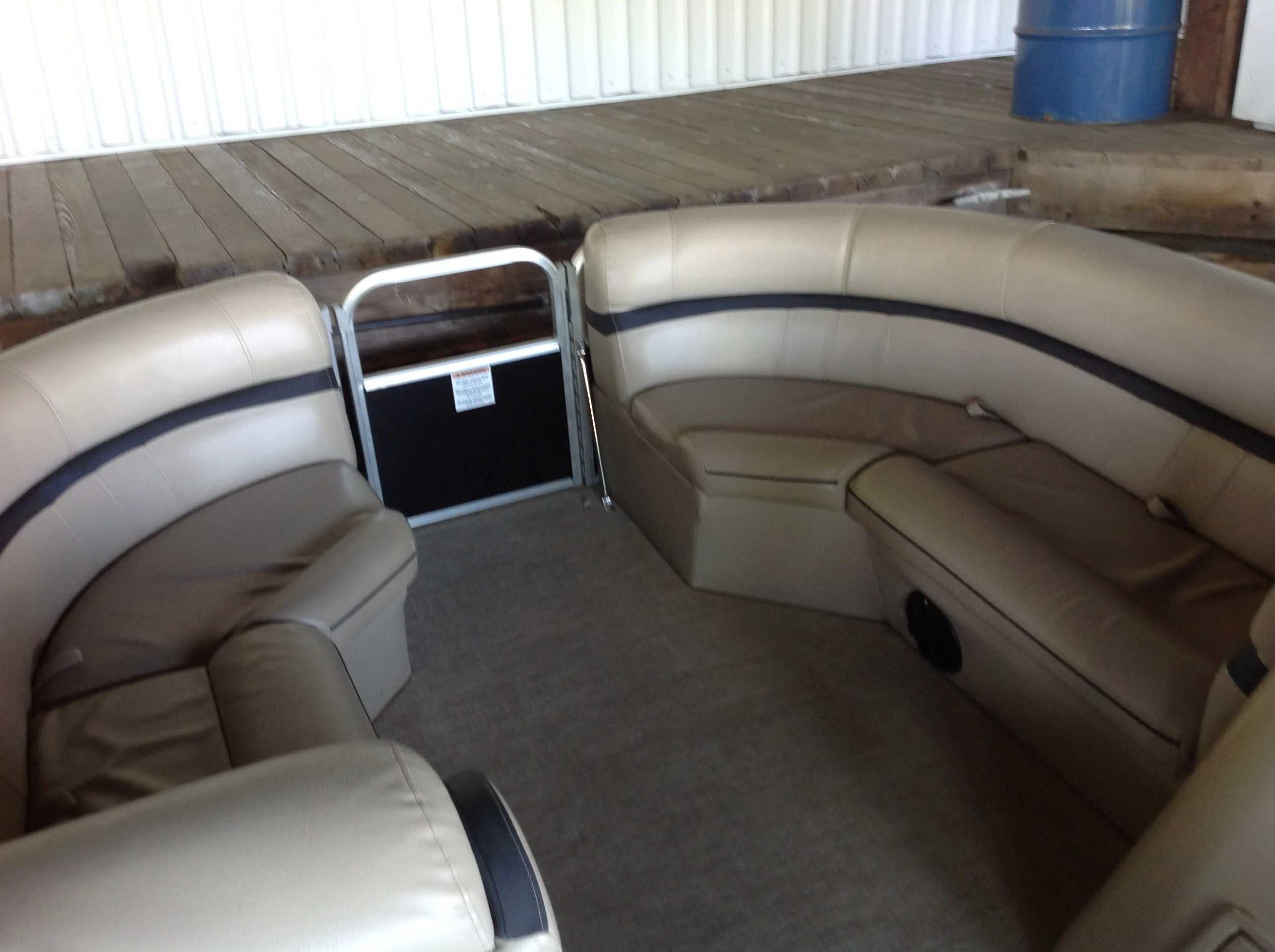 2018 Berkshire Pontoons boat for sale, model of the boat is 24cl Cts 2.75 & Image # 3 of 10