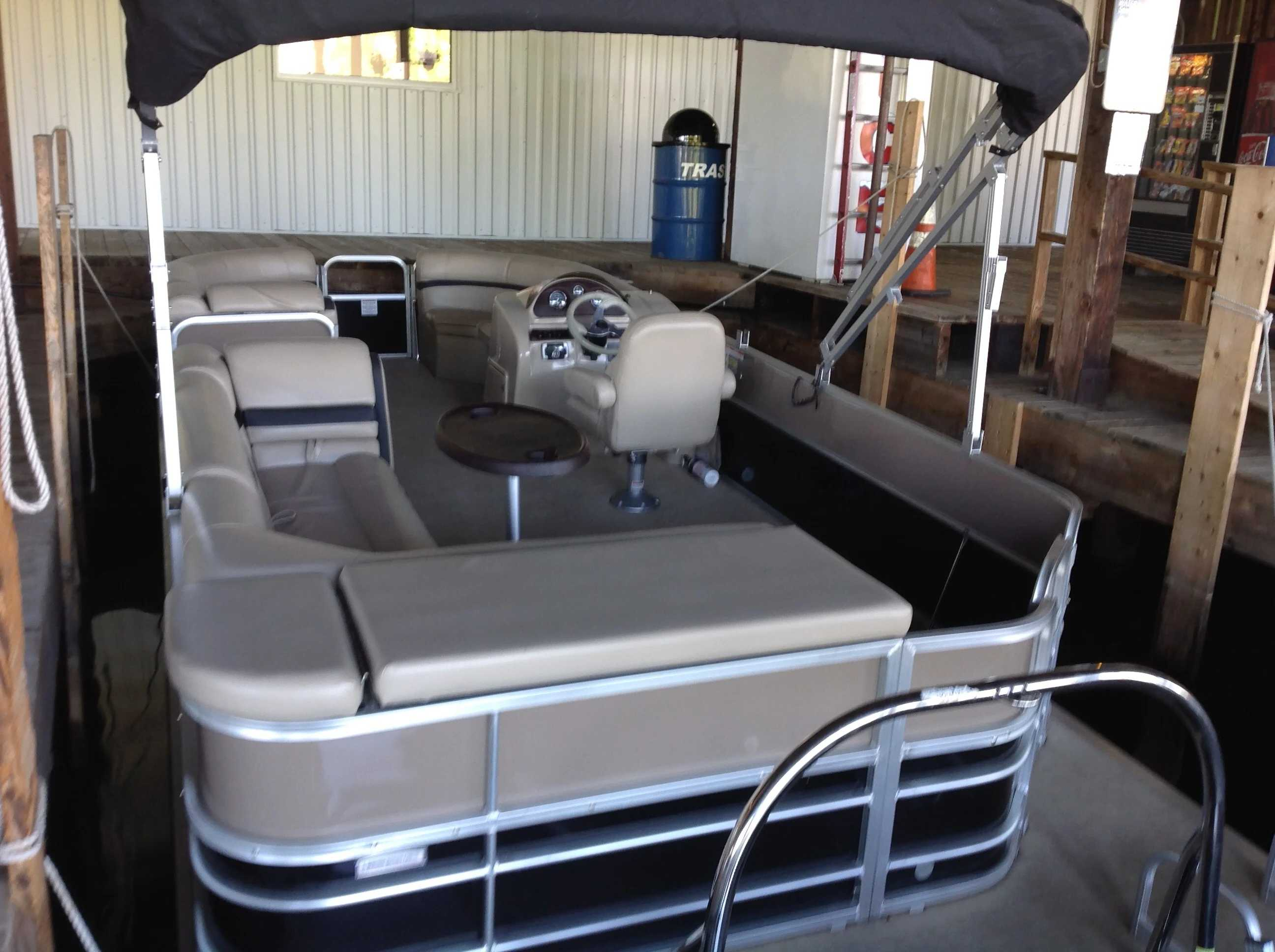 2018 Berkshire Pontoons boat for sale, model of the boat is 24cl Cts 2.75 & Image # 9 of 10