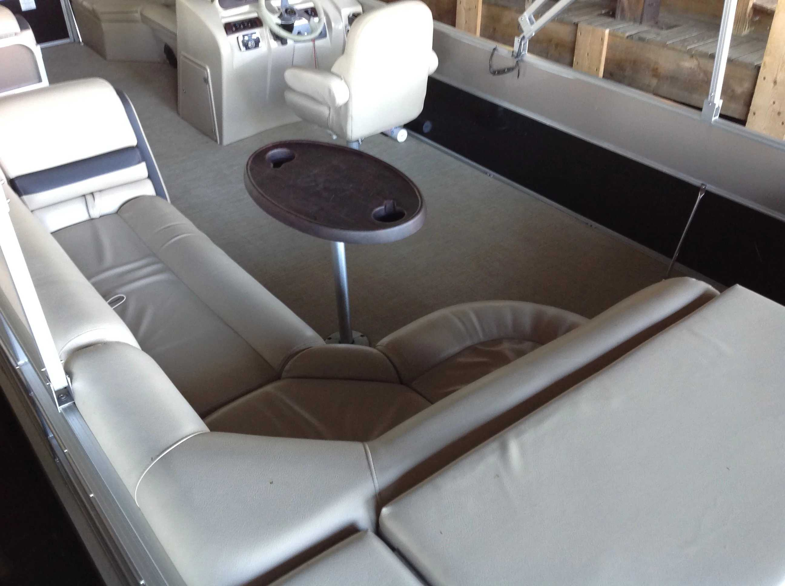2018 Berkshire Pontoons boat for sale, model of the boat is 24cl Cts 2.75 & Image # 8 of 10