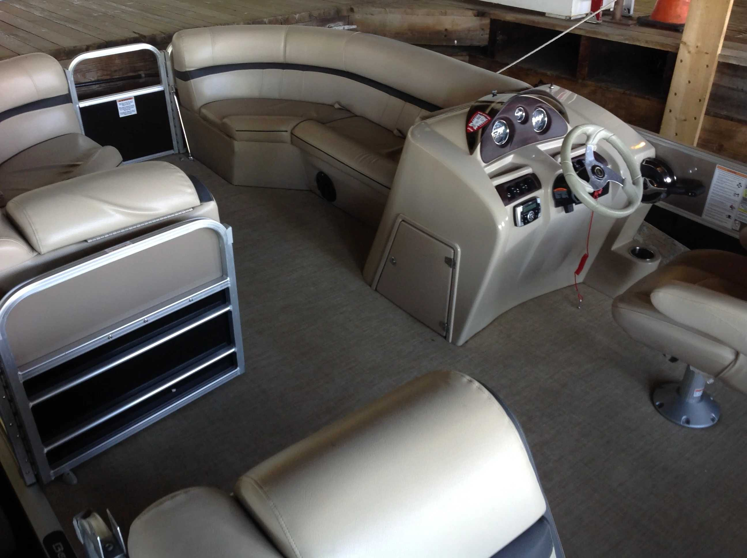 2018 Berkshire Pontoons boat for sale, model of the boat is 24cl Cts 2.75 & Image # 4 of 10
