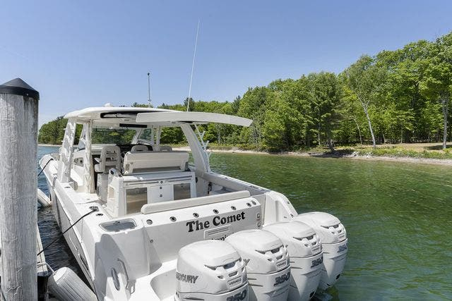 2018 Boston Whaler boat for sale, model of the boat is 420 OUTRAGE & Image # 7 of 40