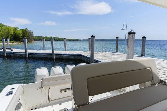 2018 Boston Whaler boat for sale, model of the boat is 420 OUTRAGE & Image # 11 of 40