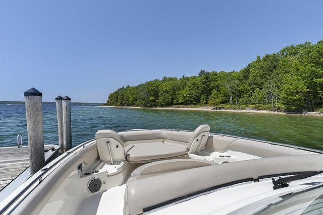 2018 Boston Whaler boat for sale, model of the boat is 420 OUTRAGE & Image # 21 of 40