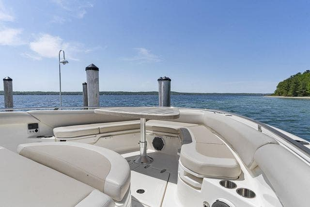 2018 Boston Whaler boat for sale, model of the boat is 420 OUTRAGE & Image # 23 of 40