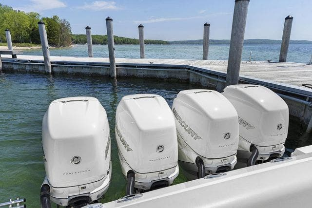 2018 Boston Whaler boat for sale, model of the boat is 420 OUTRAGE & Image # 40 of 40