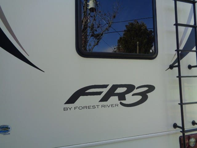 2018 Forest River Fr3 32S Thumbnail