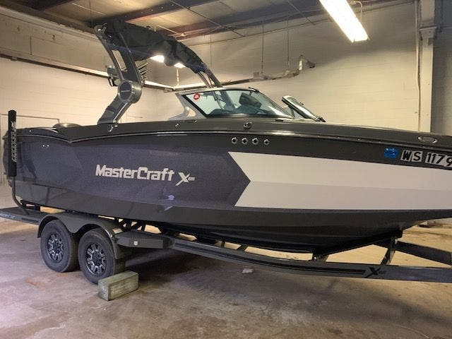 2018 Mastercraft boat for sale, model of the boat is X-Star & Image # 3 of 31
