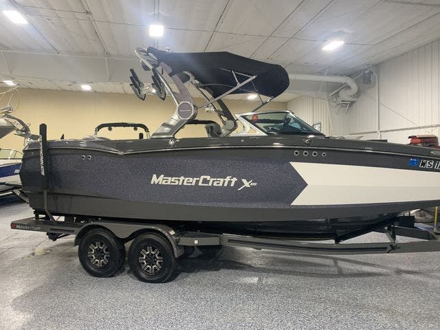 2018 Mastercraft boat for sale, model of the boat is X-Star & Image # 4 of 31