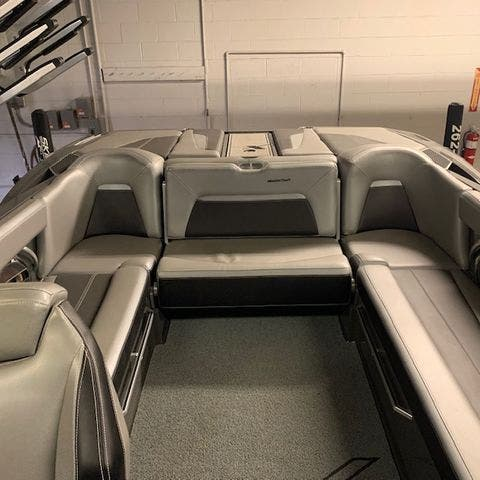2018 Mastercraft boat for sale, model of the boat is X-Star & Image # 7 of 31