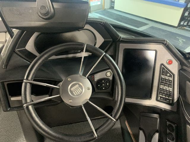 2018 Mastercraft boat for sale, model of the boat is X-Star & Image # 20 of 31