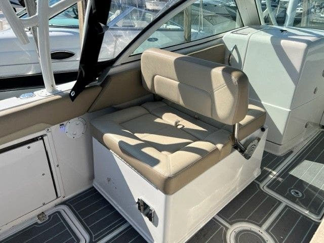 2018 Sailfish Boats boat for sale, model of the boat is 275 DC & Image # 13 of 24