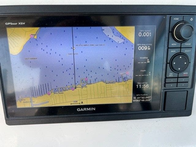 2018 Sailfish Boats boat for sale, model of the boat is 275 DC & Image # 20 of 24